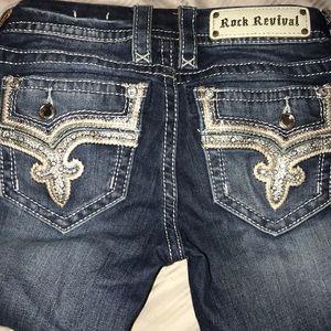 Women's Rock Revival BETTY straight jeans 25 long